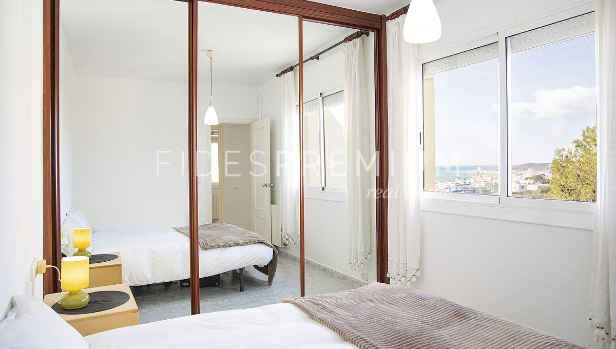 11-Room 1_2
